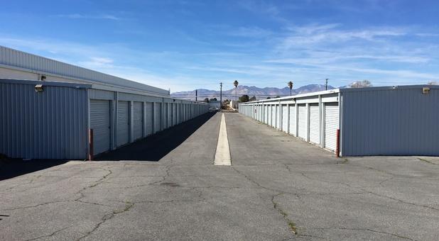 Self Storage Units In Ridgecrest Ca 93555 A American