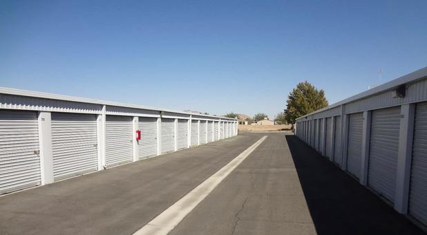 Self Storage Units In Ridgecrest Ca 93555 A American