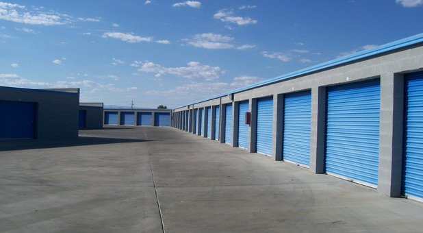 Self storage units in ridgecrest ca a american self storage for Ridgecrest storage units