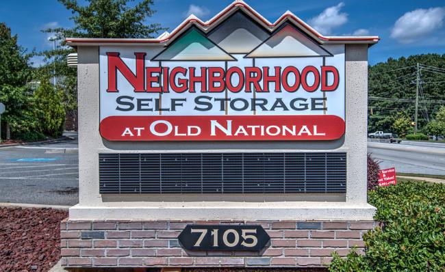 street sign of Neighborhood self storage in riverdale georgia