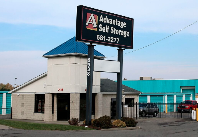 Advantage Self Storage Facility