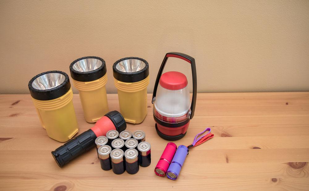 Disaster preparedness flashlight kit.