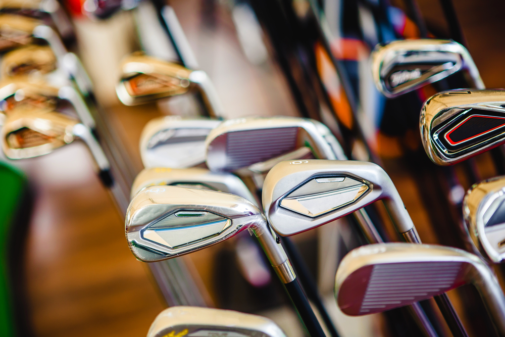 Golf clubs ready for self-storage