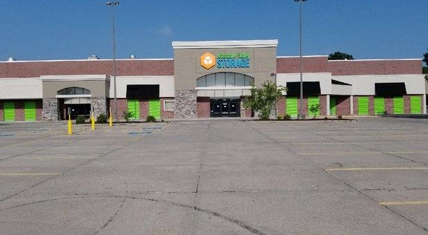 Storage Unit Des Moines Affordable Family Storage