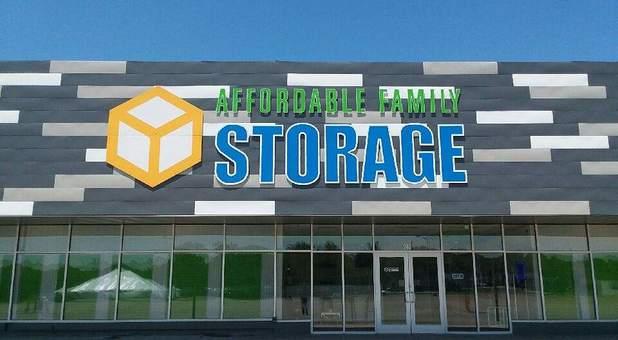 Affordable Family Storage   Topeka