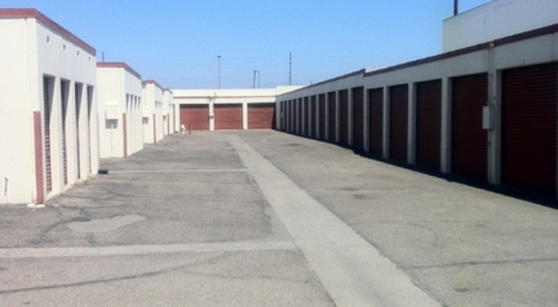 Wide aisles allow drive-up access