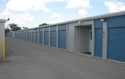 Storage facilities in 88240
