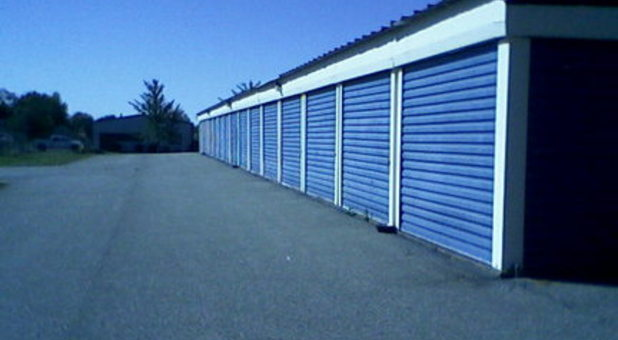 Professional and clean self storage facility