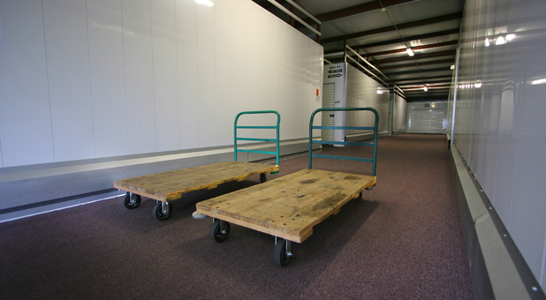 Extended access to indoor storage space - 7 a.m. until 9 p.m.