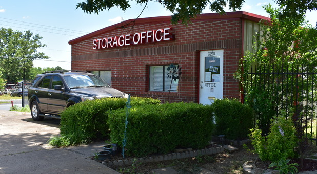 Hwy 5 Self Storage Office