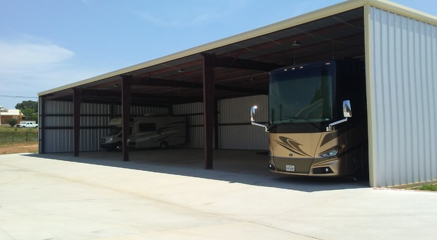 Covered RV and Boat Storage in Nacogdoches, TX