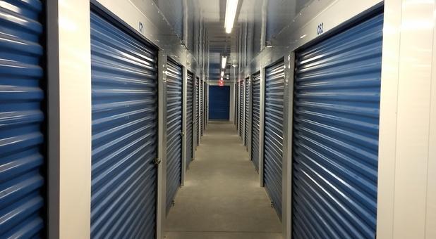 Self Storage Hallway in Hot Springs, AR