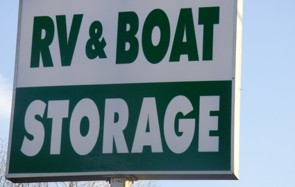RV and Boat Storage sign