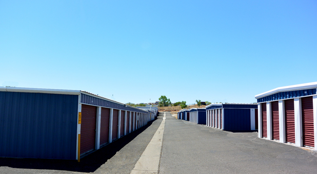 Outdoor Self Storage