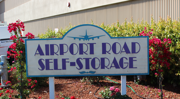 Airport Road Self Storage in Monterey, CA- mod Movers and mod Cleaners