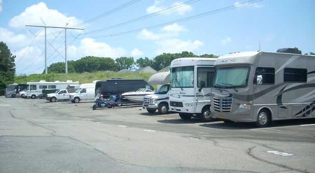 RV storage at Dumfries Self Storage