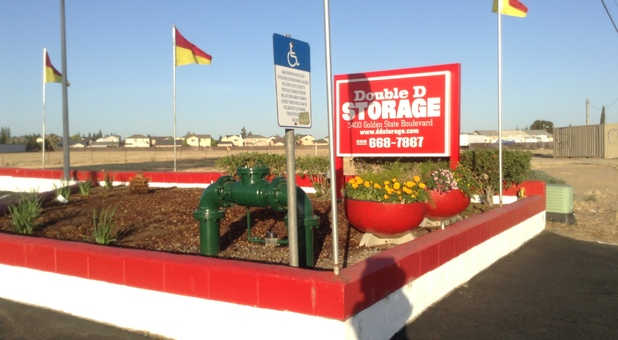 Storage Facility Front Drive