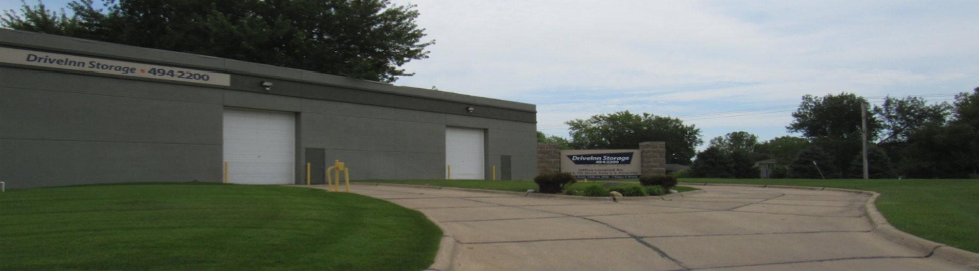 Drive Inn Storage South