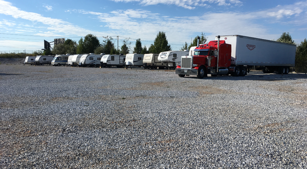 Outdoor RV, Boat, Trailer Parking
