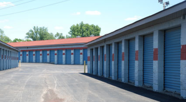 We have storage units from 3x5 to 20x20