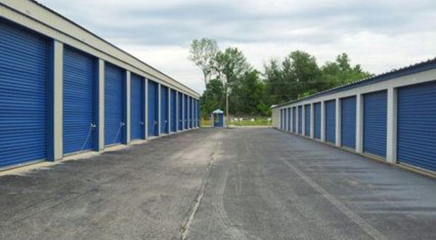 Our storage facility has wide aisles for easy unloading