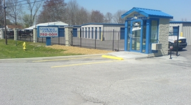 Self storage with secure gated access