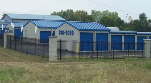 Storage units from 5x10 to 10x30 in Indianapolis, IN, 46217