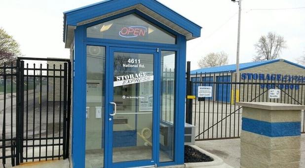 24/7 customer service center