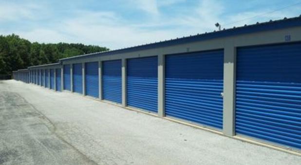 Rent ground level storage units in Sullivan, IN