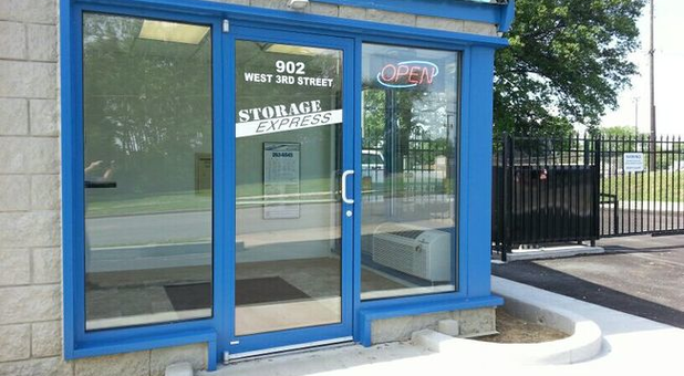 Students rent affordable space from Storage Express ... & Self Storage in Mt Carmel IL 62863 | Storage Express