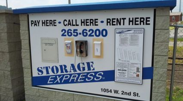 Self Storage Facility Sign In Madison, IN