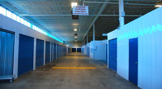 Indoor public self storage