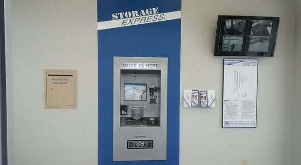 Call, visit or rent online at StorageExpress.com