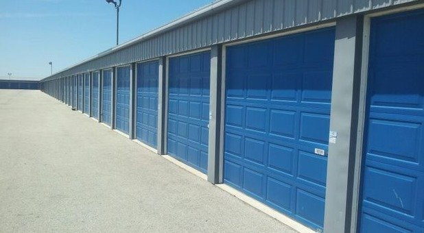 Self Storage In Effingham Il 62401 Storage Express