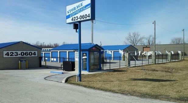 Findlay, Ohio self storage