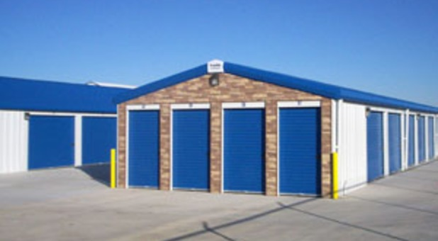 Self Storage Facility At Storage Express Pontiac