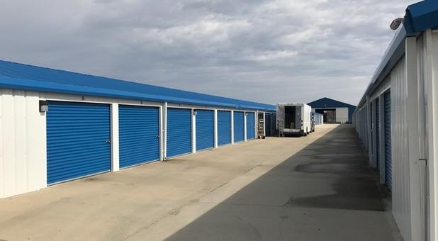 Storage Units In Bethalto, IL