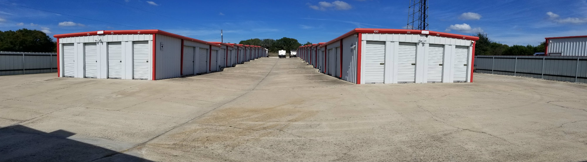 FM439 Self Storage