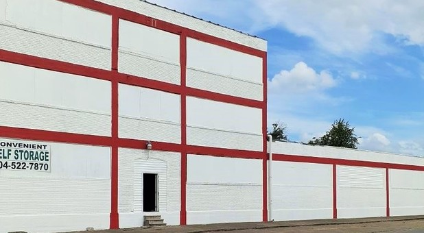 self storage building red