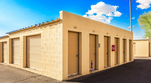 Apache Junction, AZ storage units
