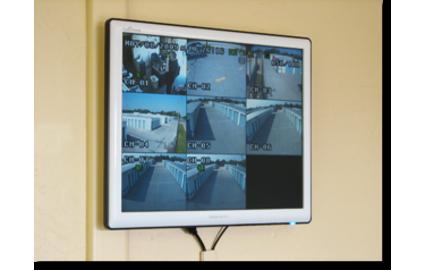 Twenty-four hour security cameras keep your belongings safe.
