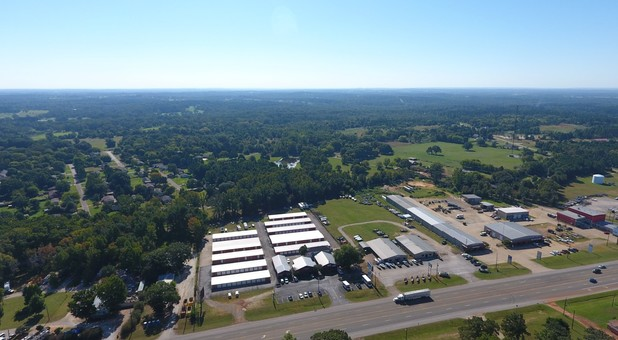 Storage Units near Flint, TX