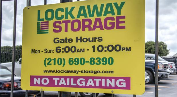 lockaway babcok in san antonio tx