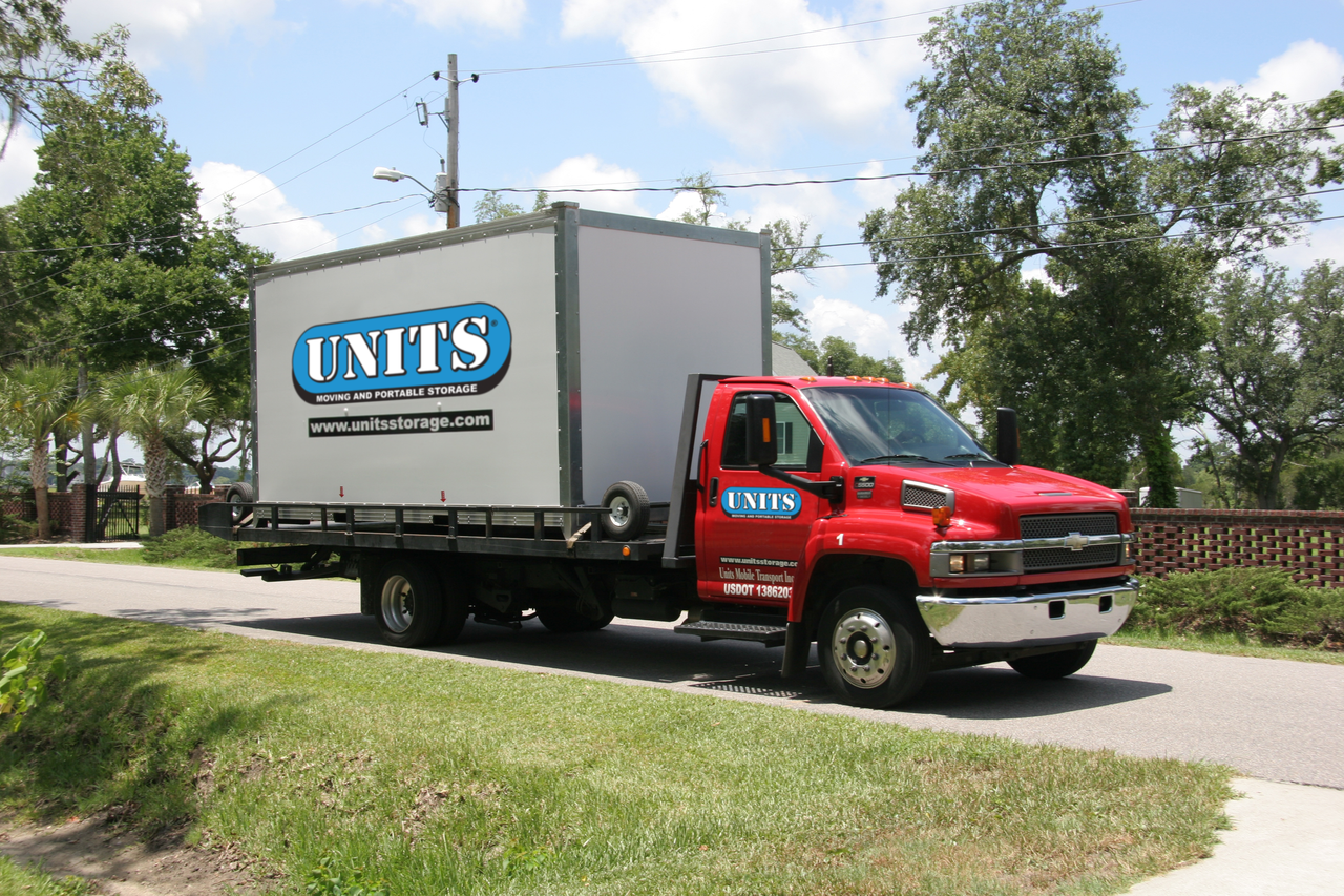UNITS Moving and Portable Storage delivers portable storage containers around San Antonio, TX.
