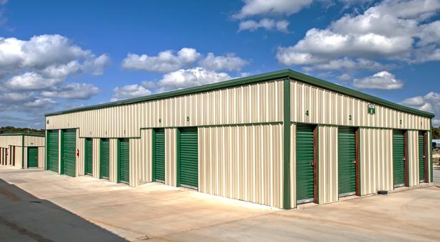 Clean Outdoor Storage Units