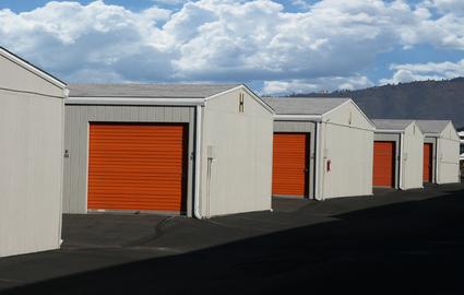 self storage in medford or mini storage warehouse. Black Bedroom Furniture Sets. Home Design Ideas