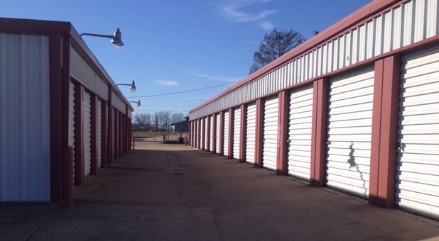 Lindale, TX Storage Units