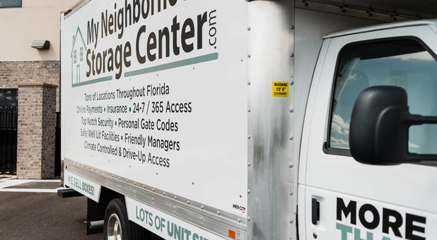 Use Our Complimentary Box Truck to Make Your Move In Easier