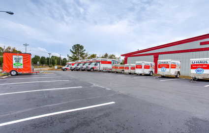 U-Haul UBox and Trailer Dealer