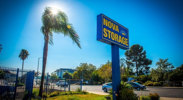 Mission Hills, CA Self Storage